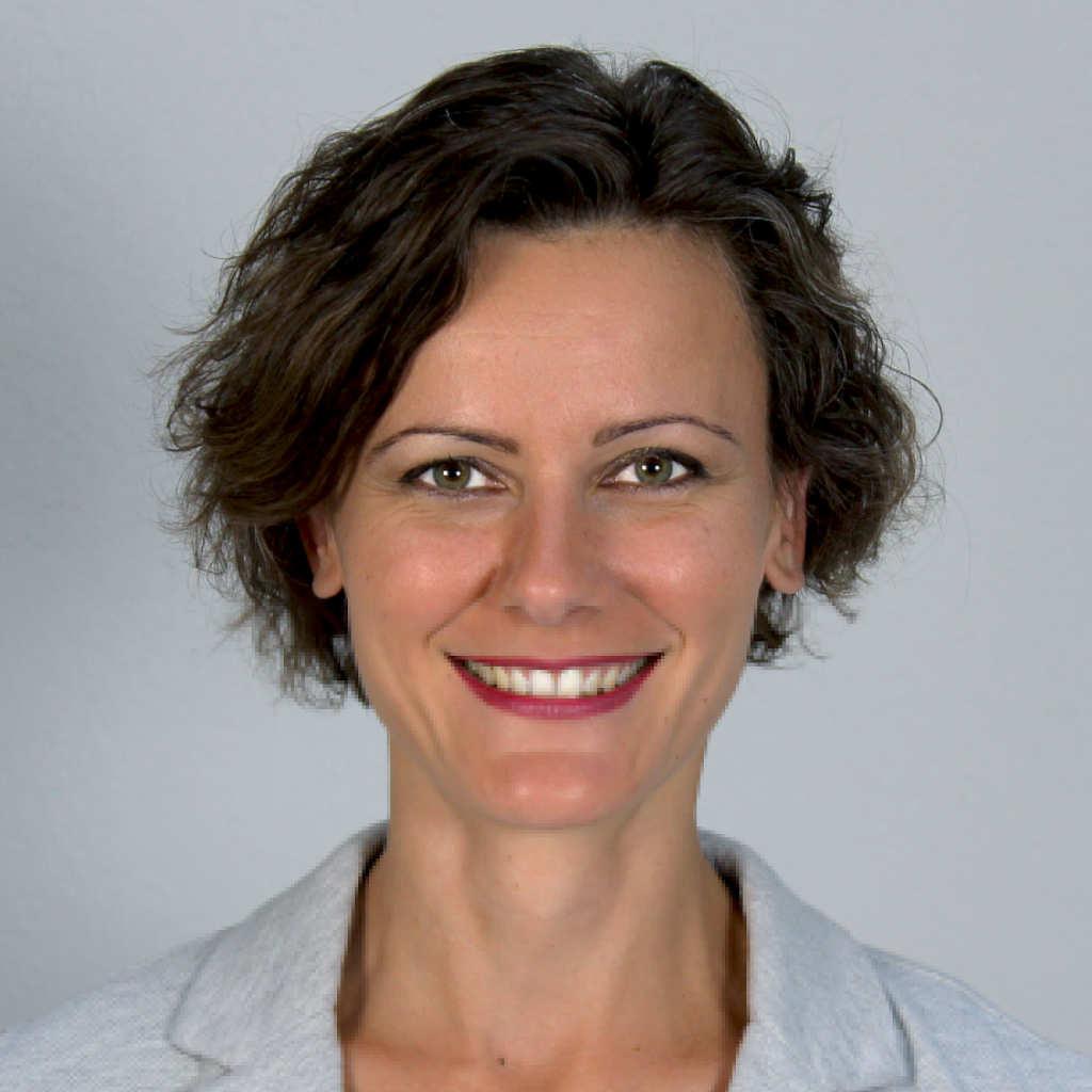 Claudia Mosgöller